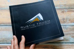 SEE Business Solutions – Brochure design with gold foil